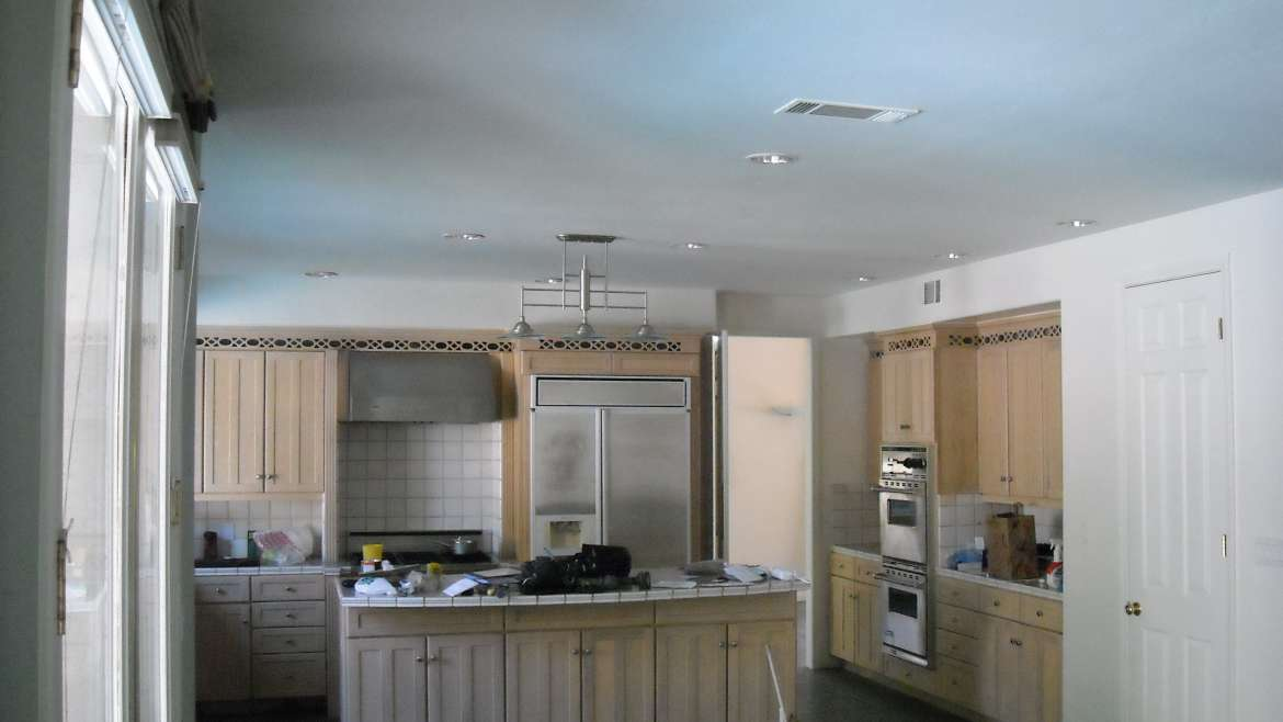 Cabinet Refacing and Refinishing